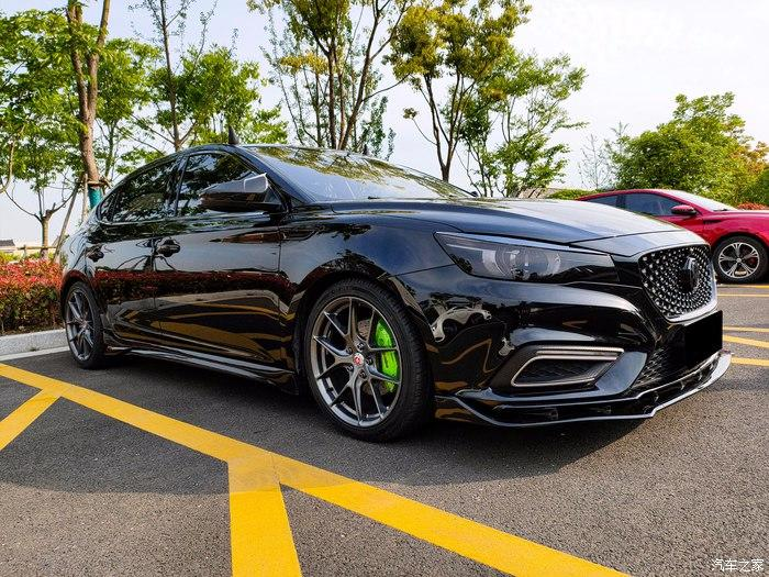 MG 6 Tuning Bodykit Brembo 13 Black is Beautiful   MG 6 im Racing Style mit fetter Optik.