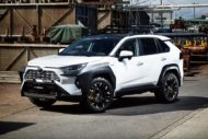 Toyota RAV4 SUV USA Widebody Kit Versus Tuning 1 190x127 Toyota RAV4 SUV mit USA Widebody Kit von Versus!