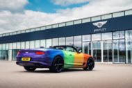 Bentley Continental GT Rainbow Car Wrap 2020 3 190x127 Bunter Hund   Bentley Continental GT als Rainbow Car!
