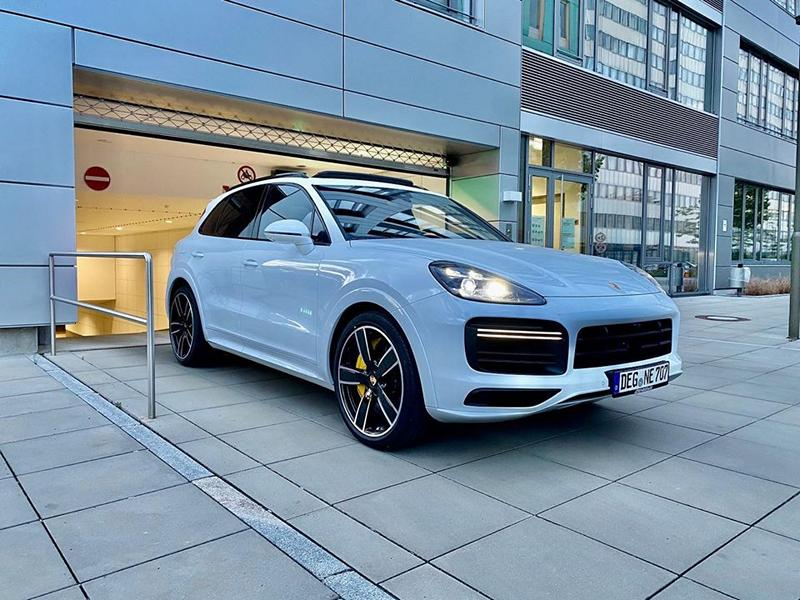 HGP Porsche Cayenne Turbo PO536 Tuning Stage 2 4 HGP Porsche Cayenne Turbo mit 962 PS & 1.250 NM!