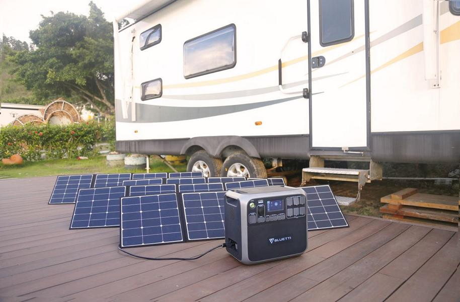 Portable Power Station BLUETTI AC200 Gewaltige Power aus der Sonne   der BLUETTI AC200!