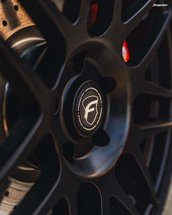 Restomod BMW E30 M3 17 Zoll Forgestar F14 Alus Tuning 29 Optimiert   BMW E30 M3 auf 17 Zoll Forgestar F14 Alus!