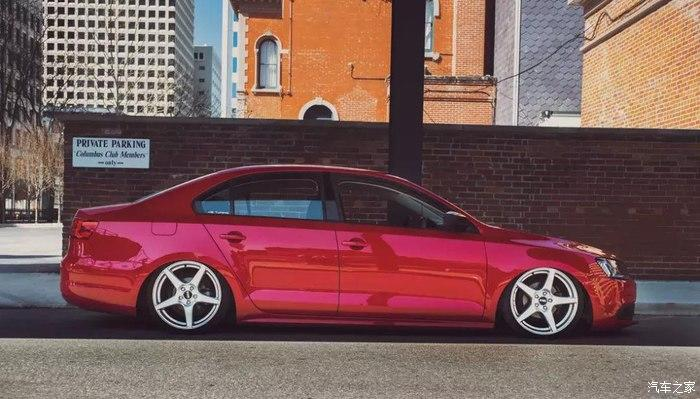 VW Jetta mit Dapper Tuning Airride VMR Wheels 9 Traum in Rot   VW Jetta mit dezentem Dapper Tuning!
