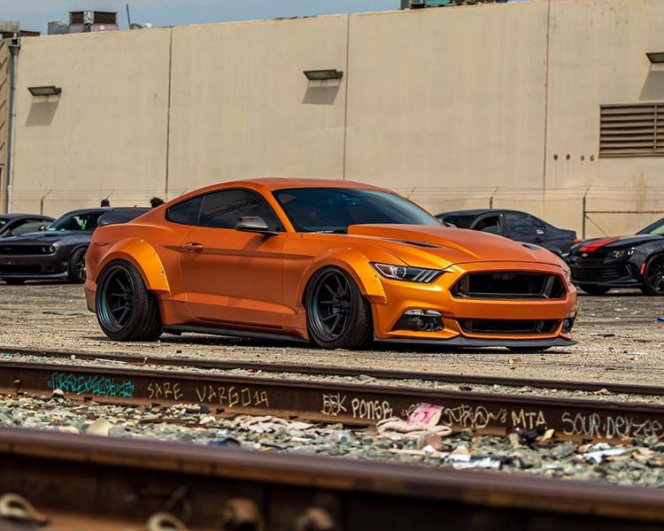 Ford Mustang Widebody Orange Coyote 1 Mächtiges Teil   Ford Mustang Widebody Orange Coyote