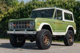 "1975 Ford Bronco The Professor Coyote V8 Restomod Tuning 50 310x205 1975er Ford Bronco ""The Professor"" mit Coyote V8 Power!"