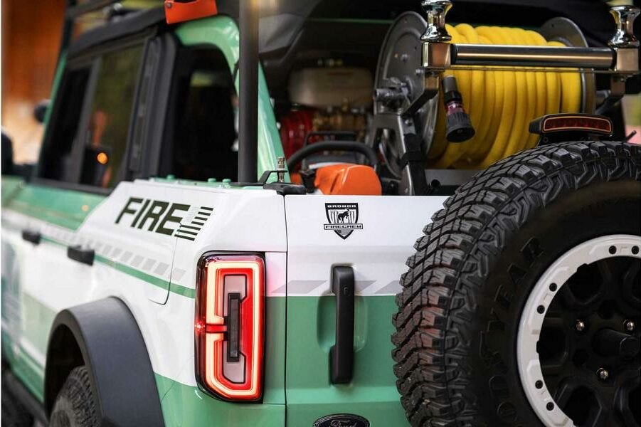2020 Ford Bronco Wildland Fire Rig Concept Tuning 21 e1603370200645 Emergency vehicle 2020 Ford Bronco Wildland Fire Rig!