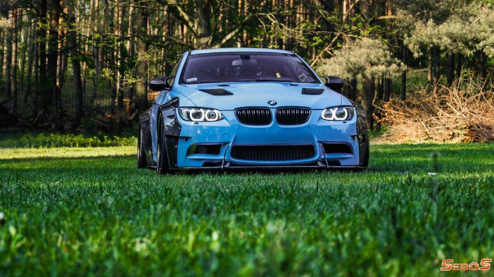 BMW M3 E92 Coupe mit Maxton Widebody Tuning 6 BMW M3 (E92) Coupe mit Maxton Widebody Tuning!