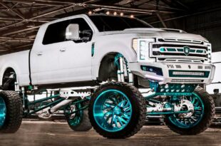 Elite Customs Auto Body Ford F 250 Pickup 3 310x205 Big Boy Elite Customs Auto Body Ford F 250 Pickup!