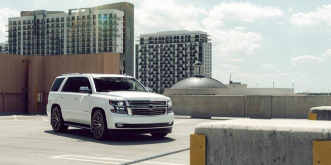 Video: Vossen Hybrid Forged HF6-3 Alus am Chevrolet Tahoe!