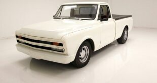 1967 Chevrolet C10 Restomod Celaning Albino Pickup Tuning 10 310x165 OEM Performance Parts für 2021 Chevy Tahoe & Suburban
