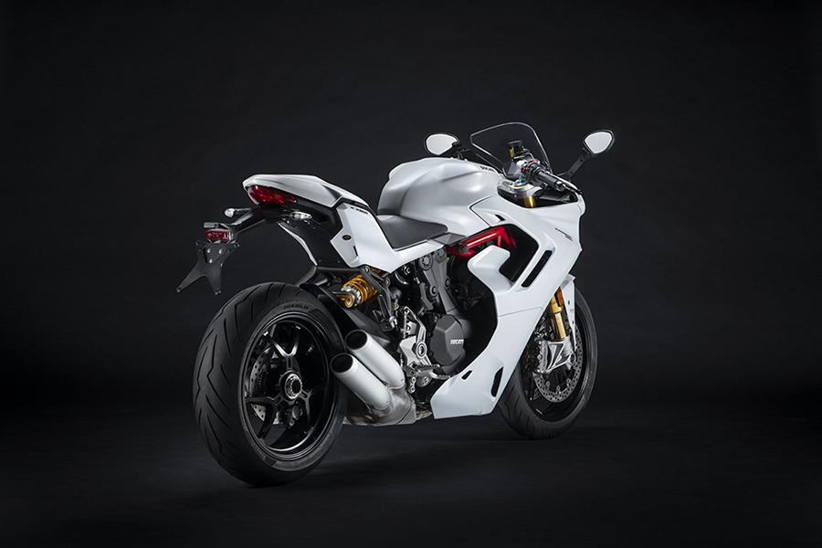 2021 Ducati SuperSport 950 Modellfamilie 27 2021 Ducati SuperSport 950   jetzt inklusive V4 Styling!