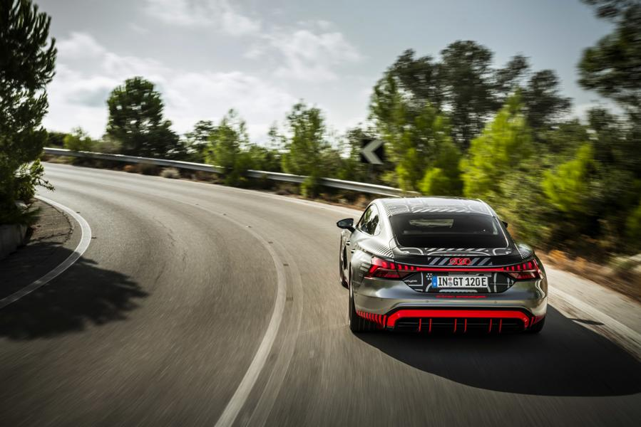 Audi RS e tron GT Prototyp 55 Audi RS e tron GT Prototyp beweist sich in ersten Tests!