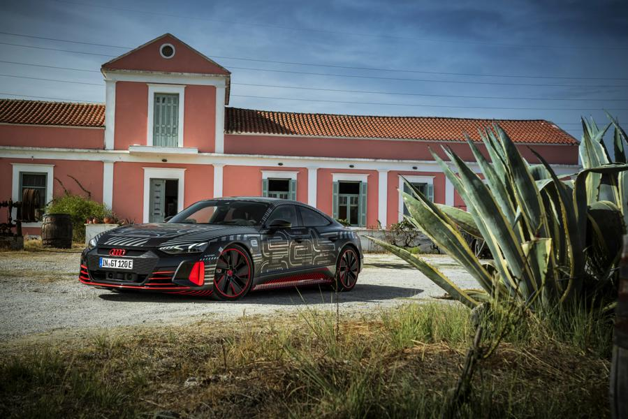 Audi RS e tron GT Prototyp 57 Audi RS e tron GT Prototyp beweist sich in ersten Tests!