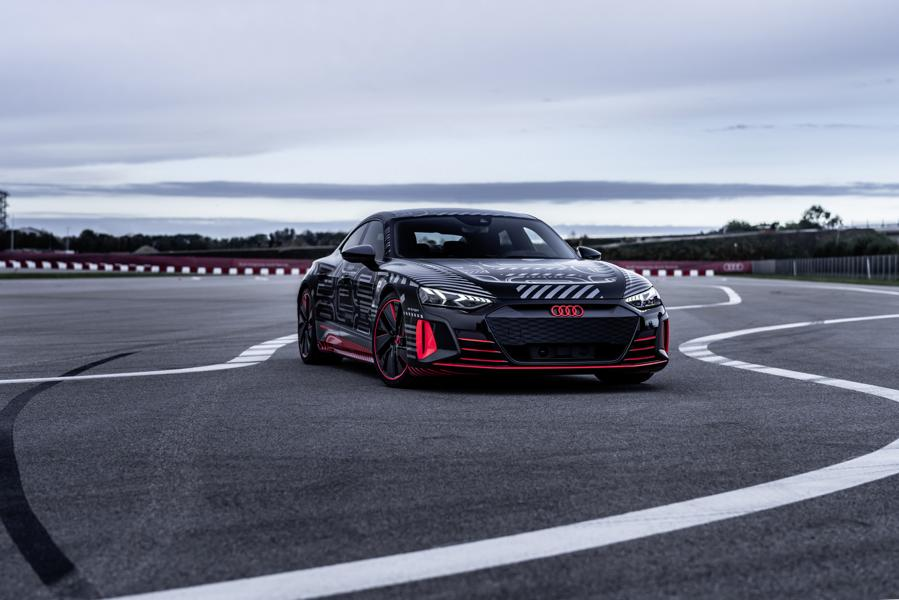 Audi RS e tron GT Prototyp 75 Audi RS e tron GT Prototyp beweist sich in ersten Tests!