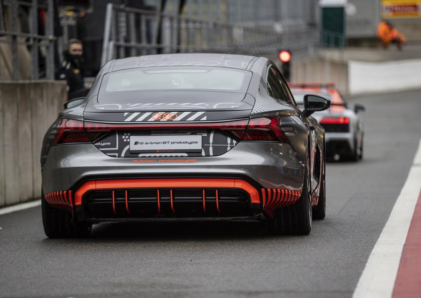 Audi RS e tron GT Prototyp 78 Audi RS e tron GT Prototyp beweist sich in ersten Tests!