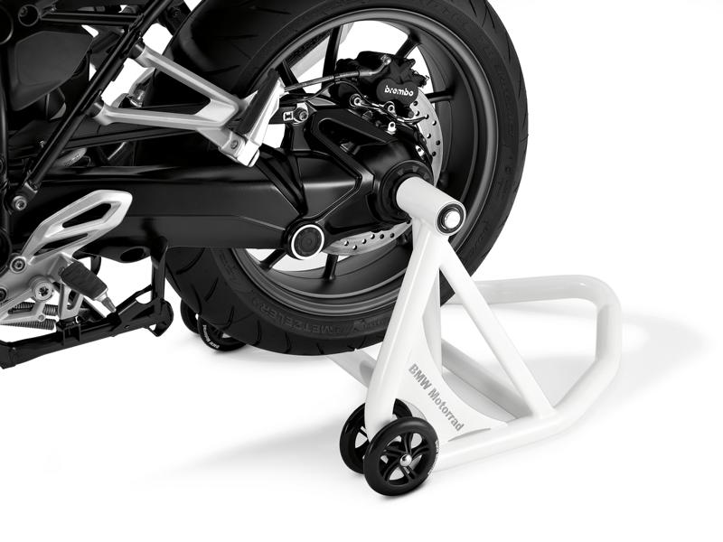 BMW Motorrad accessories winter tuning 3 Wintering your motorcycle: Winter break with products from BMW!