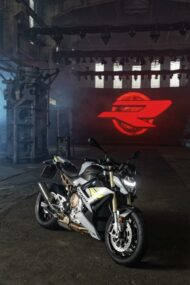BMW S 1000 R Tuning 2021 24 190x285 Emotional roadster look the new BMW S 1000 R!