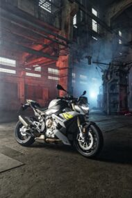 BMW S 1000 R Tuning 2021 28 1 190x285 Emotional roadster look the new BMW S 1000 R!
