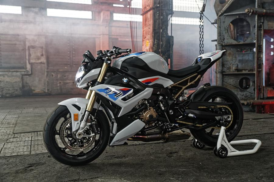 BMW S 1000 R Tuning 2021 30 Emotional roadster look - the new BMW S 1000 R!
