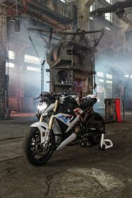 BMW S 1000 R Tuning 2021 31 190x285 Emotional roadster look the new BMW S 1000 R!