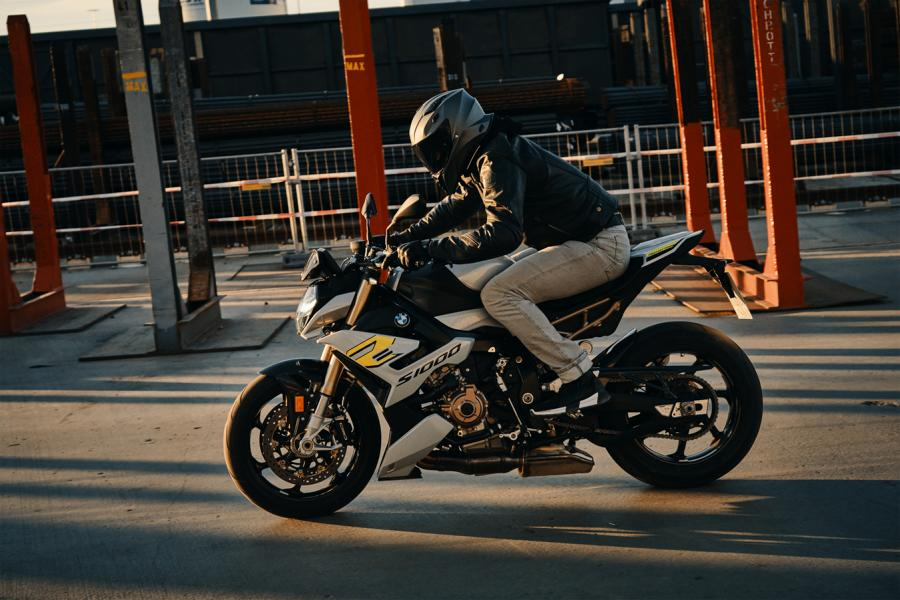 BMW S 1000 R Tuning 2021 4 Emotional roadster look - the new BMW S 1000 R!