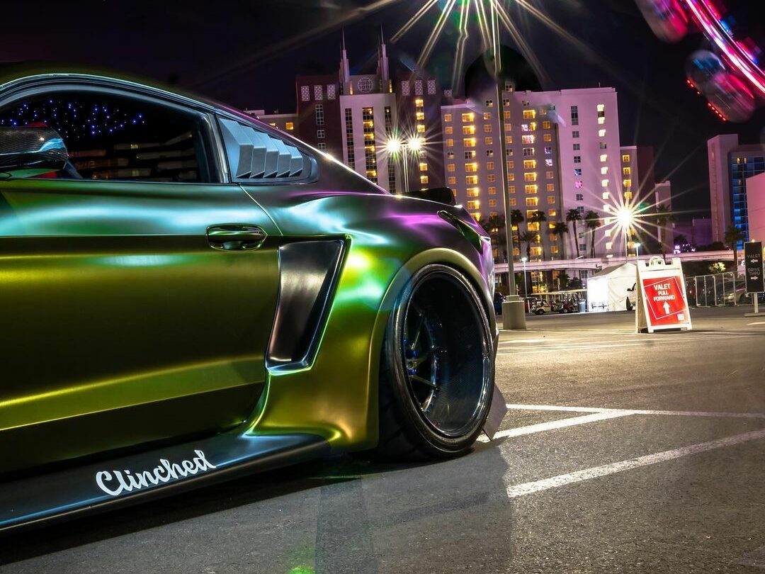 Dapper Grinch Clinched Widebody Ford Mustang GT 3 e1606473688955 Dapper Grinch  Clinched Widebody Ford Mustang GT!