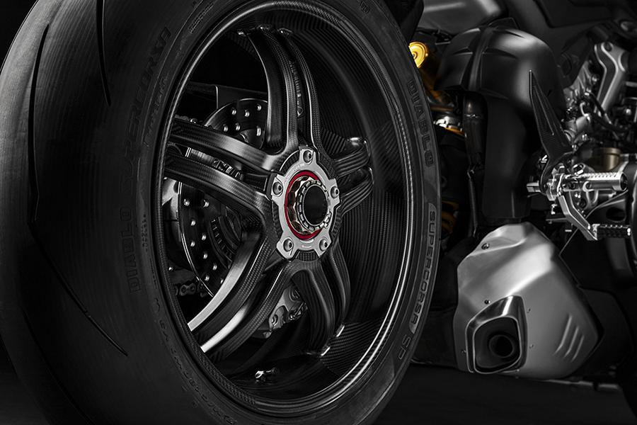 Ducati Panigale V4 SP 2021 81 speed has a name: Ducati Panigale V4 SP!