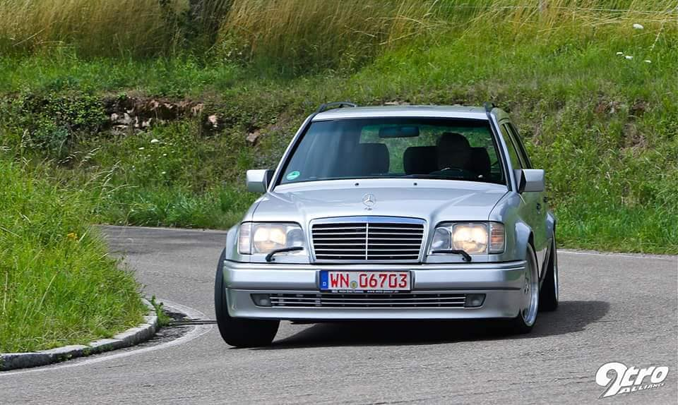 Mercedes AMG MKB 70TE 300 TE V12 Tuning 5 seven-liter V12 and 528 PS: Mercedes AMG MKB 70TE!