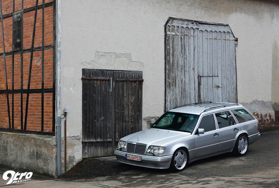 Mercedes AMG MKB 70TE 300 TE V12 Tuning 8 seven-liter V12 and 528 PS: Mercedes AMG MKB 70TE!