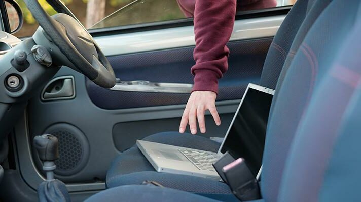 Insurance Theft Burglary Car accessories Notebook e1606715981233 Car insurance: which accessories are insured under the comprehensive insurance?