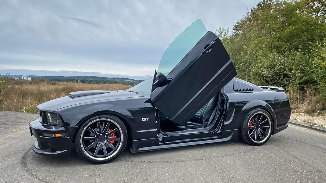 Ford Mustang GT 20 Zoll DeVille Inox 1 Wheels4you Ford Mustang GT auf 20 Zoll DeVille Inox Alus!