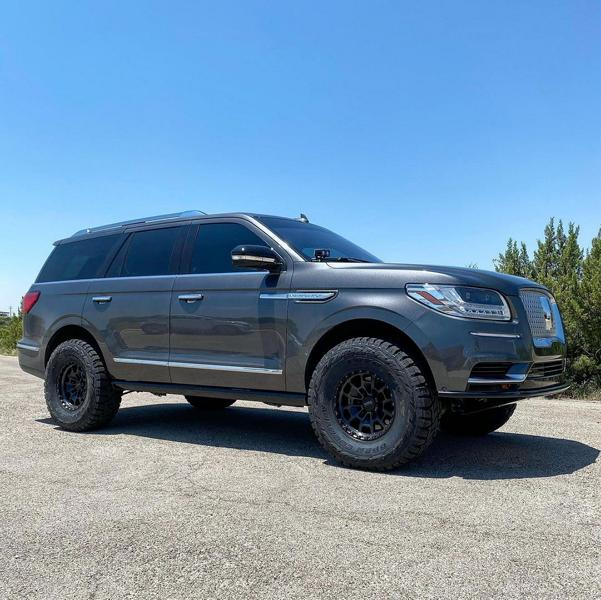 Lincoln Navigator Offroad Toyo Tuning 5 Luxusliner mit Offroad Qualitäten! Lincoln Navigator!
