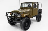 Restomod 1976 Toyota FJ40 Land Cruiser Bad Boy Offroader 10 190x123 Gewaltig: 1976 Toyota FJ40 Land Cruiser als Bad Boy Offroader!