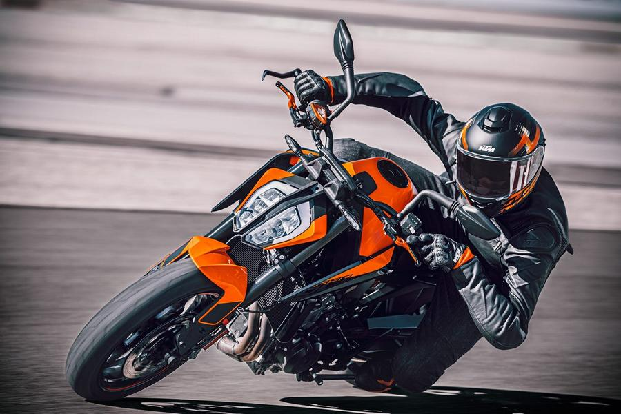 2021 KTM 890 Duke 4 A little sharpened the 2021 KTM 890 Duke is here!