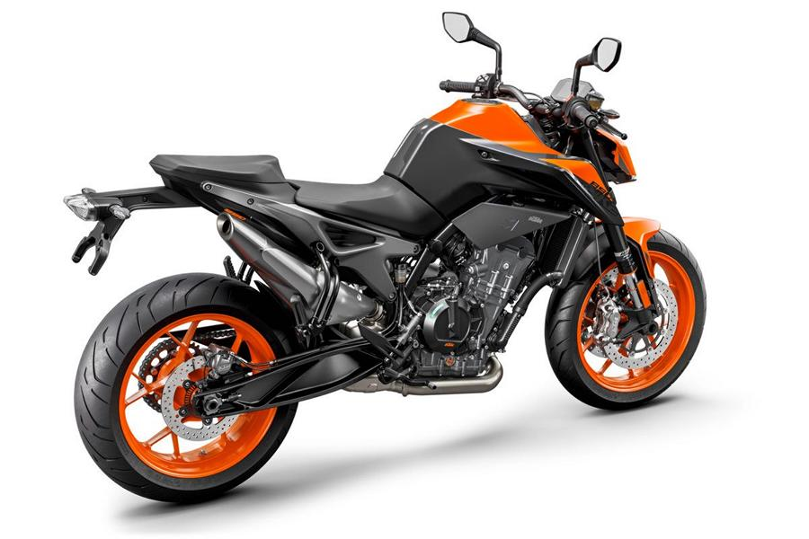 2021 KTM 890 Duke 8 A little sharpened the 2021 KTM 890 Duke is here!