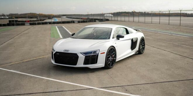 Video: Audi R8 on Vossen HF-2 rims and chip tuning!
