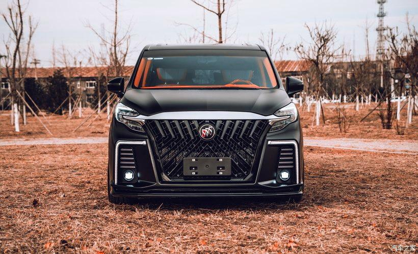 Buick GL8 Avenir matt black custom interior tuning header Buick GL8 Avenir in matt black with custom interior!