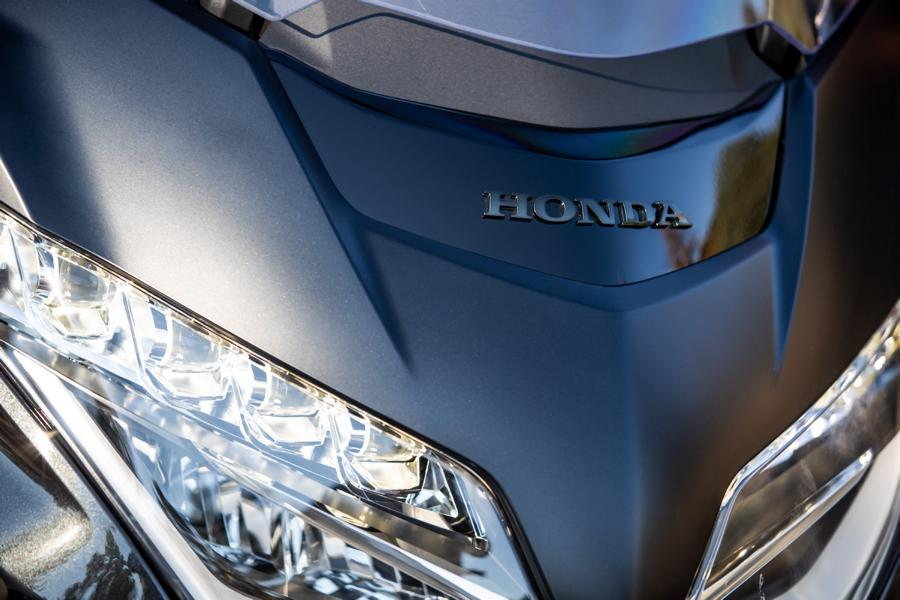 Honda GL1800 Gold Wing MJ 25 Android Auto in the Honda GL1800 Gold Wing MJ 2021