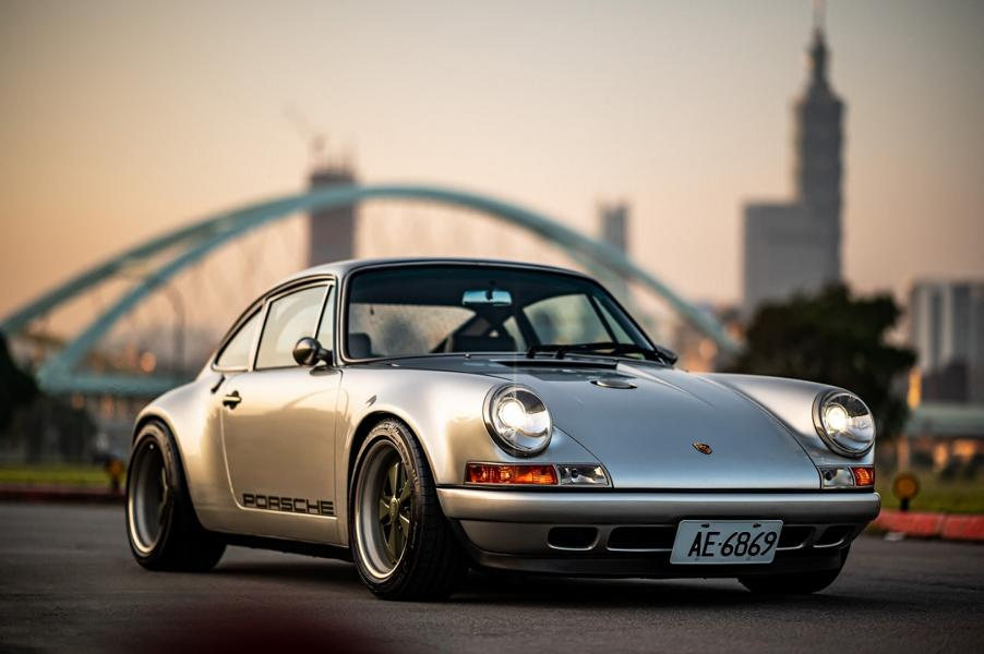 Porsche 911 Special Commission Singer Taiwan 964 1 Porsche 911 Special Commission von Singer in Taiwan!