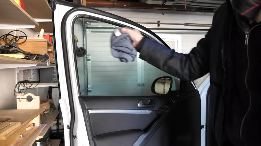 Sonax ANTI BESCHLAG SPRAY Test gegen Beschlagene Autoscheiben Anwendung 7 Anti Beschlag Spray für das Fahrzeug? Was kann es?
