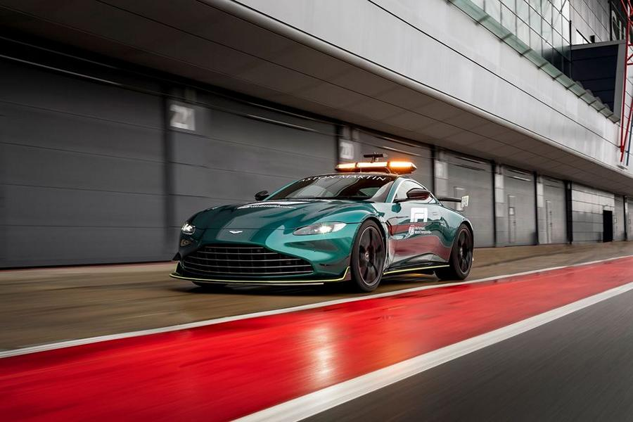 2021 Safety Car Formel 1 Aston Martin 4 Die Geschichte des Safety Cars in der Formel 1