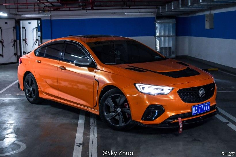 Buick Regal GS Airbrush Race Style Tuning 8 Buick Regal GS mit Airbrush Motorhaube und Race Style!