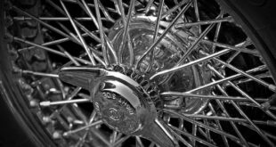Wing nut wire spoke rims Oldtimer conversion Tuning 2 310x165 Rarely: Wing nuts were used for this on oldtimers!