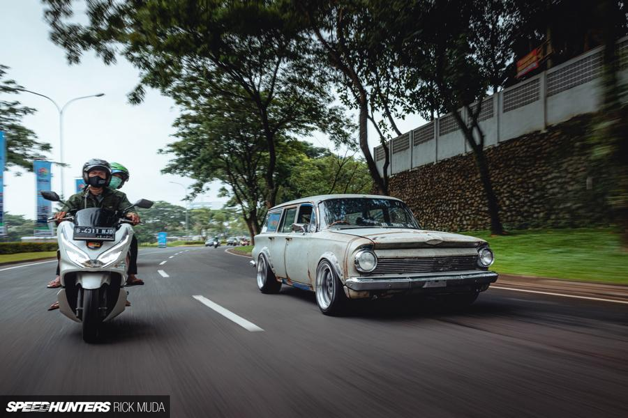 Holden Commodore EJ Wagon 2JZ Engine Swap Ratte 1 Holden EJ Special Station Wagon mit 2JZ Engine Swap!