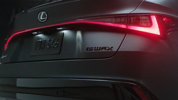 Lexus IS Wax Edition Sonderanfertigung 1 Mit Plattenspieler: Lexus IS Wax Edition Sonderanfertigung!