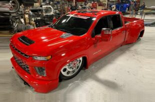 Slammed GMC Denali 3500 Chevy Silverado 3500 HD Header 310x205 Slammed GMC Denali 3500 and Chevy Silverado 3500 HD!