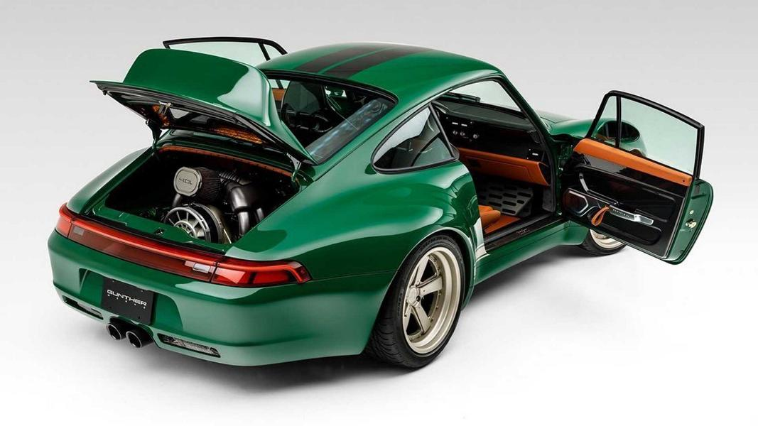 The Irish Green Commission Porsche 911 993 Gunther Werks Porsche 911 (993) von Gunther Werks in Irish Green!