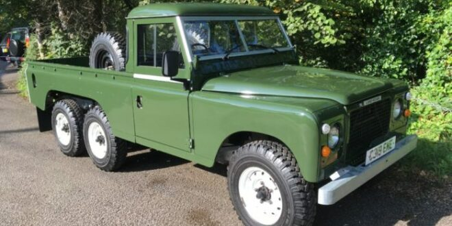 Land Rover Defender as a 6 × 6 pickup? Already in 1981!