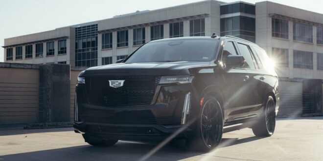 Huge: Vossen HF6-4 rims on the 2021 Cadillac Escalade!