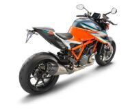 KTM 1290 SUPER DUKE RR rear right 190x159 Streng limitiert: die KTM 1290 Super Duke RR ist da!
